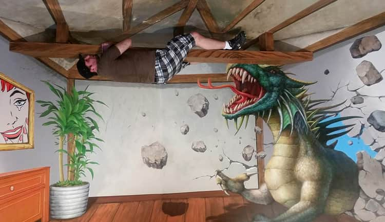 Funny Pose Get Scared By Dragon in Trick Eye Museum